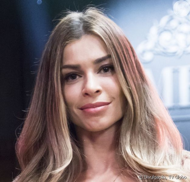 Grazi Massafera ganhou comentário de Mariana Goldfarb ao marcar em foto a mulher de Cauã Reymond, seu ex-marido