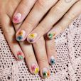 Unha de Bruna Marquezine: a técnica de nail art escolhida pela atriz exige cuidados prévios, como controlador de PH e primer sem ácido