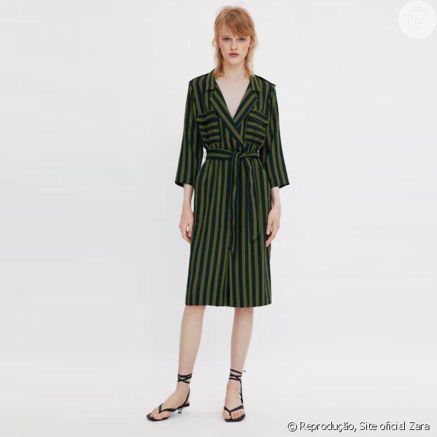 Vestido Zara com listras e botões: estilo e elegância para o office look e mais ocasiões
