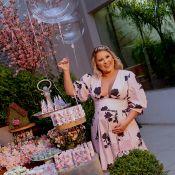 Grávida de 6 meses, mulher de Zé Neto divulga fotos do chá de bebê de Angelina