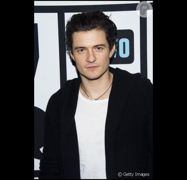 Orlando Bloom desembarca em LA e desmente boatos de romance com Selena Gomez, nesta quinta-feira, 23 de outubro de 2014