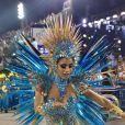 Lexa escorregou e caiu durante seu desfile de estreia na Unidos da Tijuca