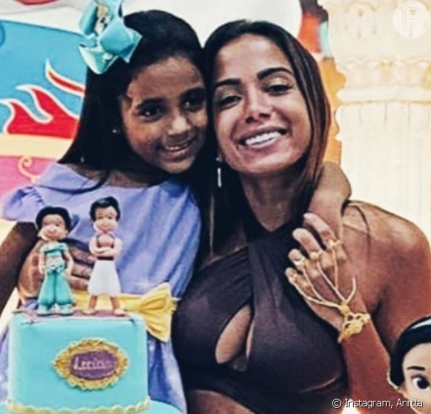 Anitta curte festa de aniversário da sobrinha, Letícia, nesta sexta-feira, dia 13 de março de 2020