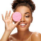 Guia do demaquilante: 6 passos para remover a maquiagem sem agredir a pele