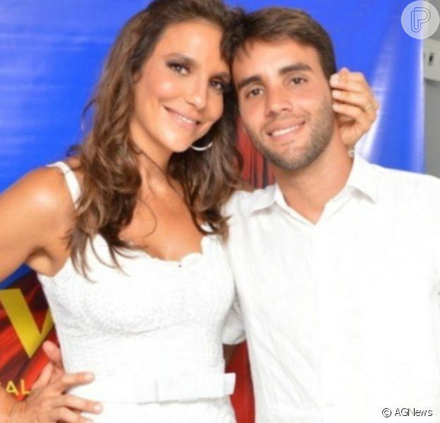 Ivete Sangalo faz foto deitada com marido, Daniel Cady, e comemora aniversário