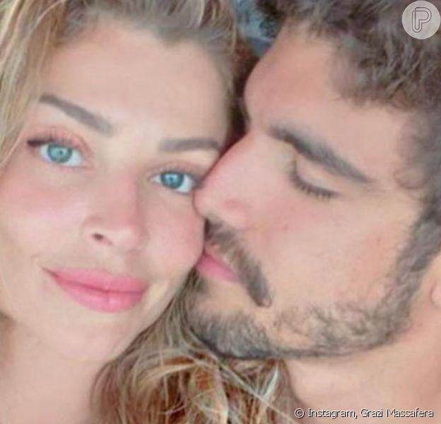 Grazi Massafera e Caio Castro estão passando o primeiro 12 de Junho como damorados: 'Feliz dia'