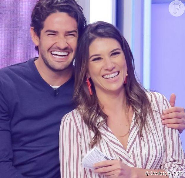 Arraiá em casa! Rebeca Abravanel e Pato usam looks caipiras e dançam juntinhos. Veja vídeo em matéria neste domingo, dia 28 de junho de 2020