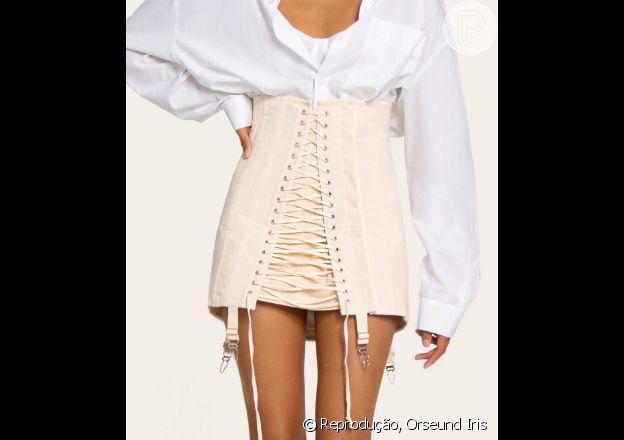 Saia usada por Bruna Marquezine em look fashionista