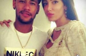 Neymar brinca com notícia de que teria fretado avião para suposto affair