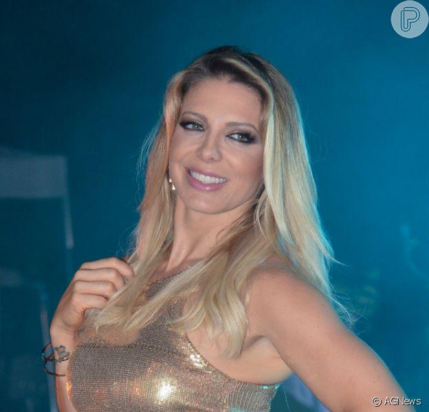 Sheila Mello ganhou homenagem do namorado, João Feijão, pelos seus 42 anos, nesta quinta-feira, 23 de julho de 2020: 'Te admirando a cada dia'