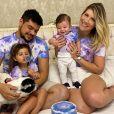 Cristiano e a mulher, Paula Vaccari, comemoram 5 meses do filho