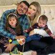 Cristiano, dupla de Zé Neto, é casado com a influencer Paula Vaccari
