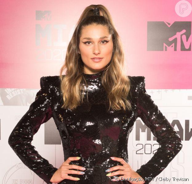 Sasha Meneghel usa look à la Xuxa, sua mãe, no MTV MIAW 2020