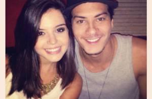 Giovanna Lancellotti posta foto festejando os 24 anos do namorado, Arthur Aguiar