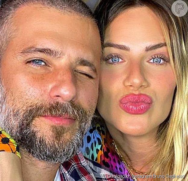 Bruno Gagliasso e Giovanna Ewbank estão curtindo férias em Angra dos Reis