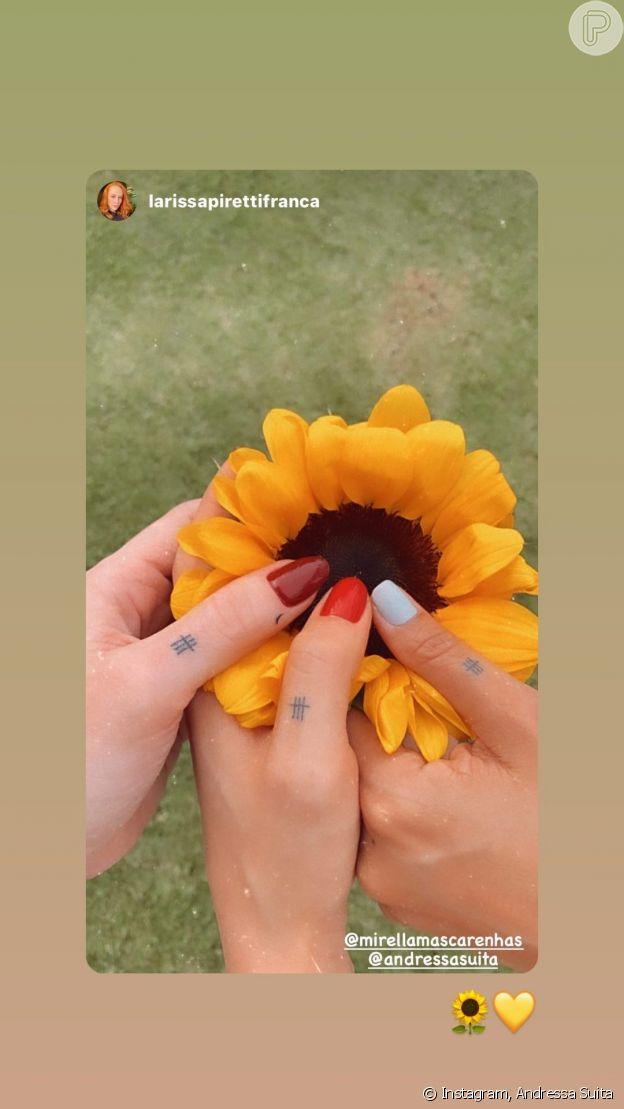 Foto de tatuagem de Andressa Suita com amigas