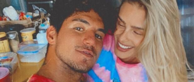 Casados! Yasmin Brunet e Gabriel Medina oficializaram a relação no Havaí. Saiba mais!