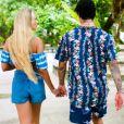 Yasmin Brunet e Gabriel Medina oficializaram a união durante uma viagem para o Havaí, em dezembro