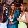 Giovanna Chaves se encontrou com Kerline (do 'BBB21'), Stéfani Bays e Munik Nunes em restaurante