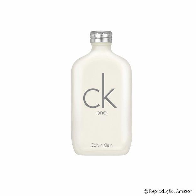 CK One, de Calvin Klein, é fragrância perfeita para dias quentes
