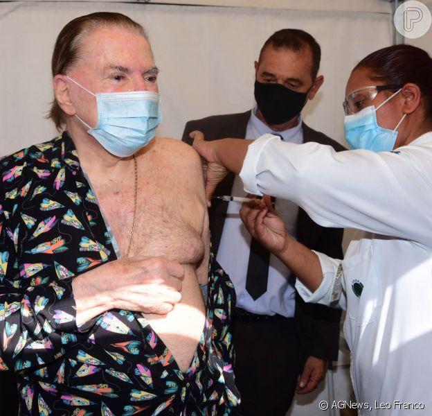 Silvio Santos tomou a segunda dose da vacina contra a Covid-19 nesta quarta-feira, 10 de março de 2021