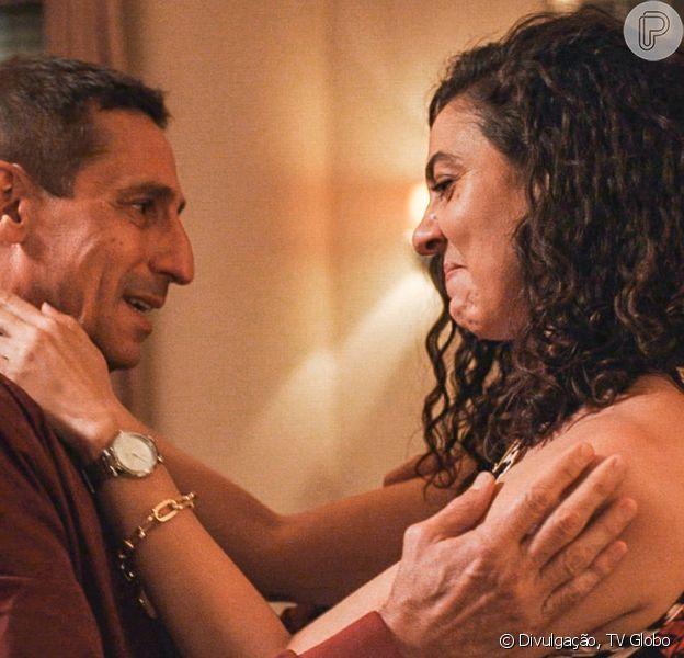 Novela 'Amor de Mãe': Penha (Clarissa Pinheiro) mata Belizário (Tuca Andrada) com ajuda de Leila (Arieta Corrêa)