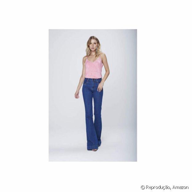 Calça jeans flare da Damyller está disponível na Amazon