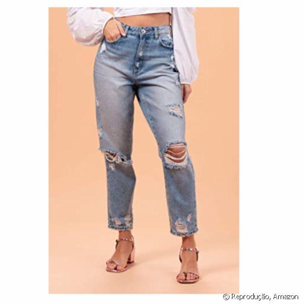 Calça jeans destroyed é dica de peça na Amazon