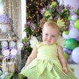 Filha caçula de Roberto Justus usa fantasia de fada aos 11 meses: 'Faz mágica'