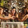 Na novela 'A Vida da Gente', amiga de Ana (Fernanda Vasconcellos), Alice (Sthefany Brito) chega em casa e revela ter encontrado o pai