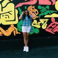 De férias da TV, Bruna Marquezine curte uns dias em Miami