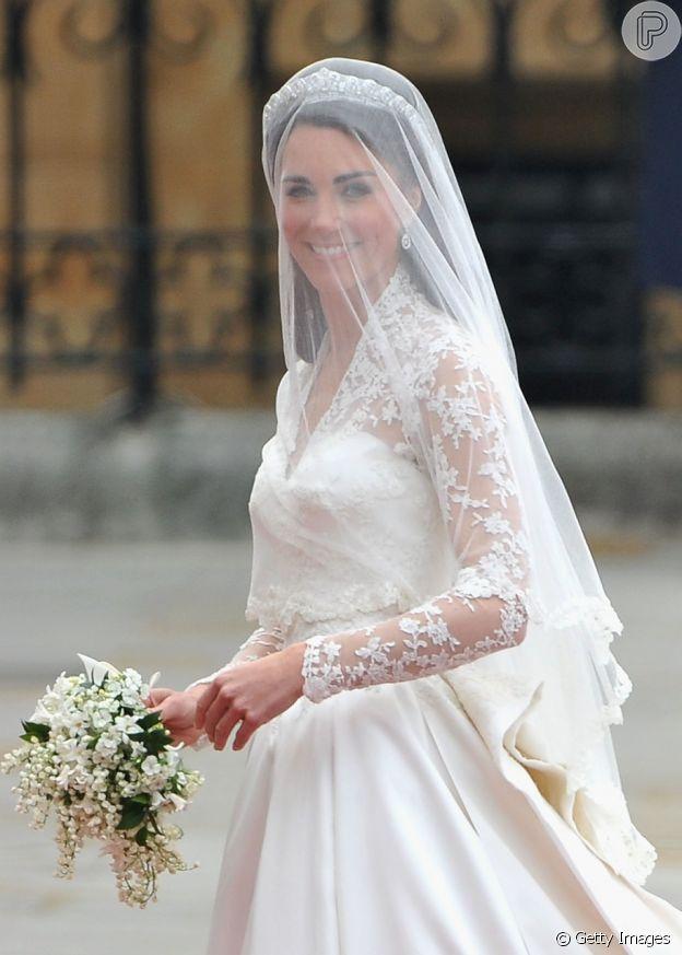 Renda do vestido de Kate Middleton foi reproduzida em bolo