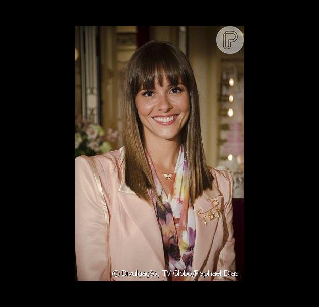 Fernanda de Freitas corta os cabelos para voltar na pele de flavinha à segunda temporada de 'Tapas & Beijos', em 7 de março de 2013