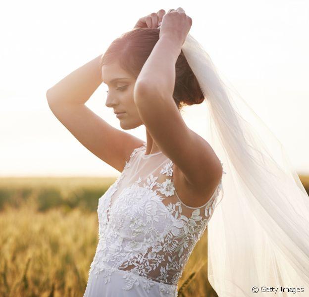 Inspire-se nos penteados para casamento de dia