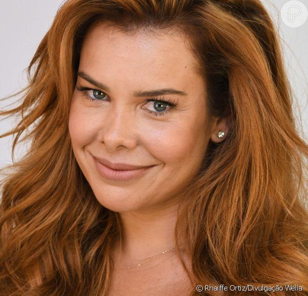Fernanda Souza está ruiva! Atriz mudou visual e adotou cabelos ruivos e longos