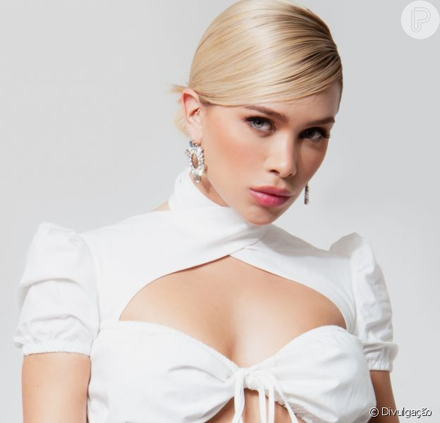 Flávia Pavanelli lança primeira marca de roupas