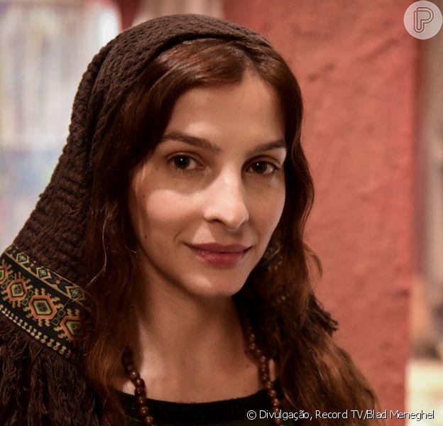 Novela 'Gênesis': Jacó (Miguel Coelho) leva choque com proposta de Lia (Michelle Batista) de ter filhos com Zilpa (Lina Mello): 'Vocês acham que eu sou bode?'