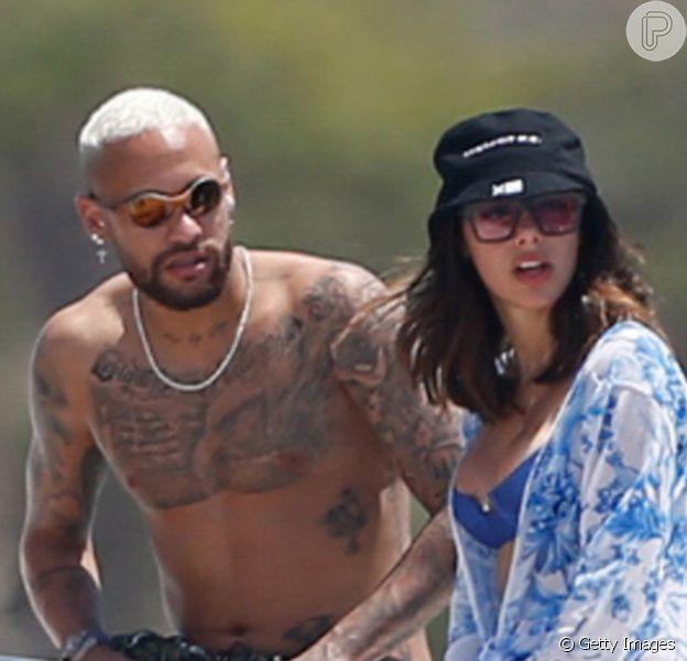 É oficial! Neymar faz comentário romântico em foto de Bruna Biancardi. Confira!