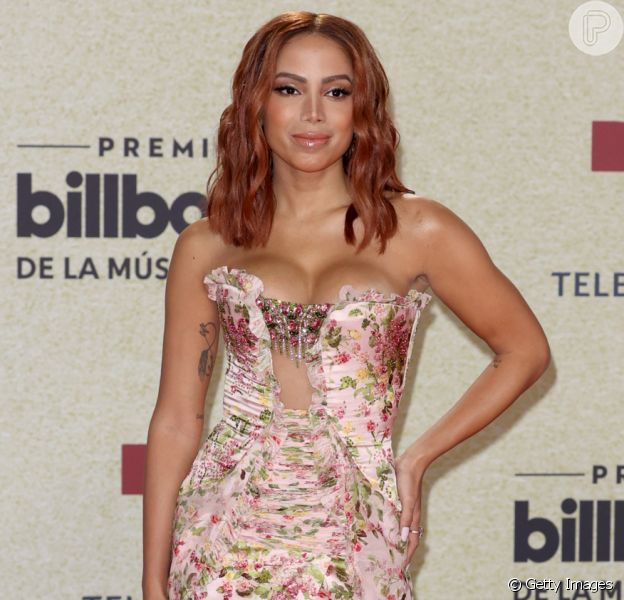 Anitta brilhou no Billboard Latin Music Awards com vestido Georges Chakra