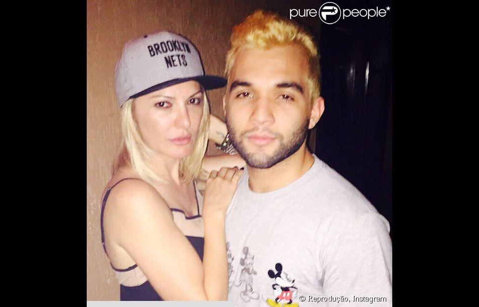 Antonia Fontenelle e Jonathan Costa estão namorando
