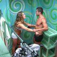 Pela segunda vez no 'Big Brother', Natália e Yuri trocaram farpas mas também carícias