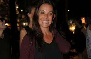 Carolina Ferraz ganha ação contra site de pornografia e vai receber R$ 100 mil