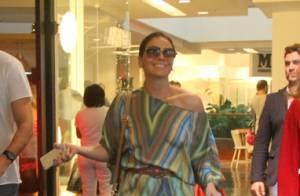 6b102fcdd20 Giovanna Antonelli vai às compras ao lado do marido em shopping no Rio