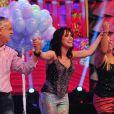 Fernanda arrancou aplausos do público ao fazer truques de mágica no 'Domingão do Faustão'