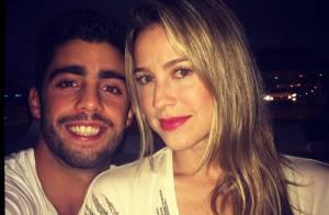 Marido de Luana Piovani, Pedro Scooby mostra a atriz de lingerie: 'Ô lá em casa'