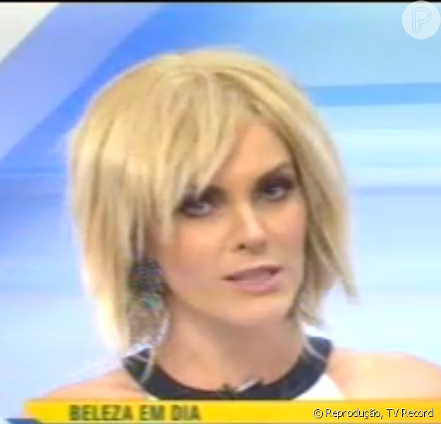 Ana Hickmann apresenta o 'Hoje em dia' de peruca, nesta terça-feira, 20 de janeiro de 2015