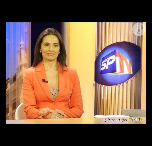 Carla Vilhena se prepara para integrar a equipe do 'Fantástico' e nega ter chorado na despedida do 'Bom dia SP'. A jornalista esclareceu os boatos em 11 de abril de 2013 por meio de sua assessoria de imprensa