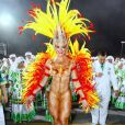 Juju Salimeni sabe o que é ousadia! No desfile da Mancha Verde, em 2014, a assistente de palco do 'Legendários' representou a fênix e apostou apenas na pintura corporal para tapar o corpo