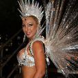 Valesca Popozuda também deixou os seios à mostra no desfile de 2013 pelo Salgueiro