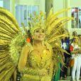 Susana Vieira representa Dama de Ouro no desfile da Grande Rio, em 16 de fevereiro de 2015